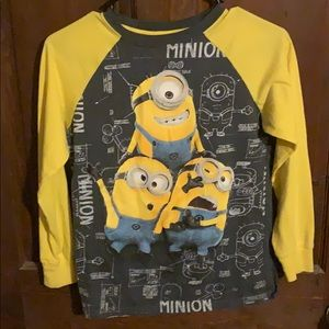 Boys Size 10-12 Long Sleeve Shirt: Minion